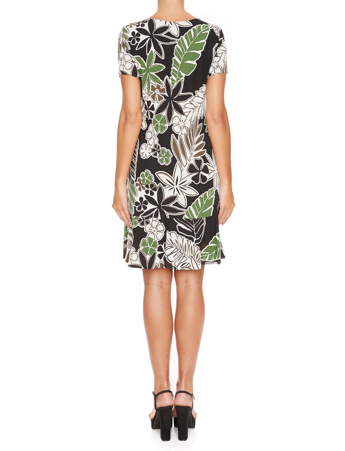 Rückansicht von Ana Alcazar Seventies Kleid Margret  angezogen an Model