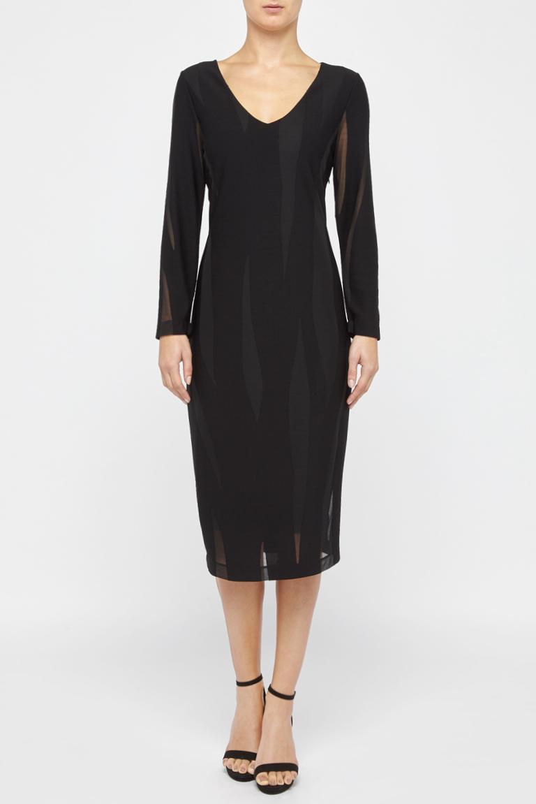 Rückansicht von Ana Alcazar Schlichtes Kleid White Faley  angezogen an Model
