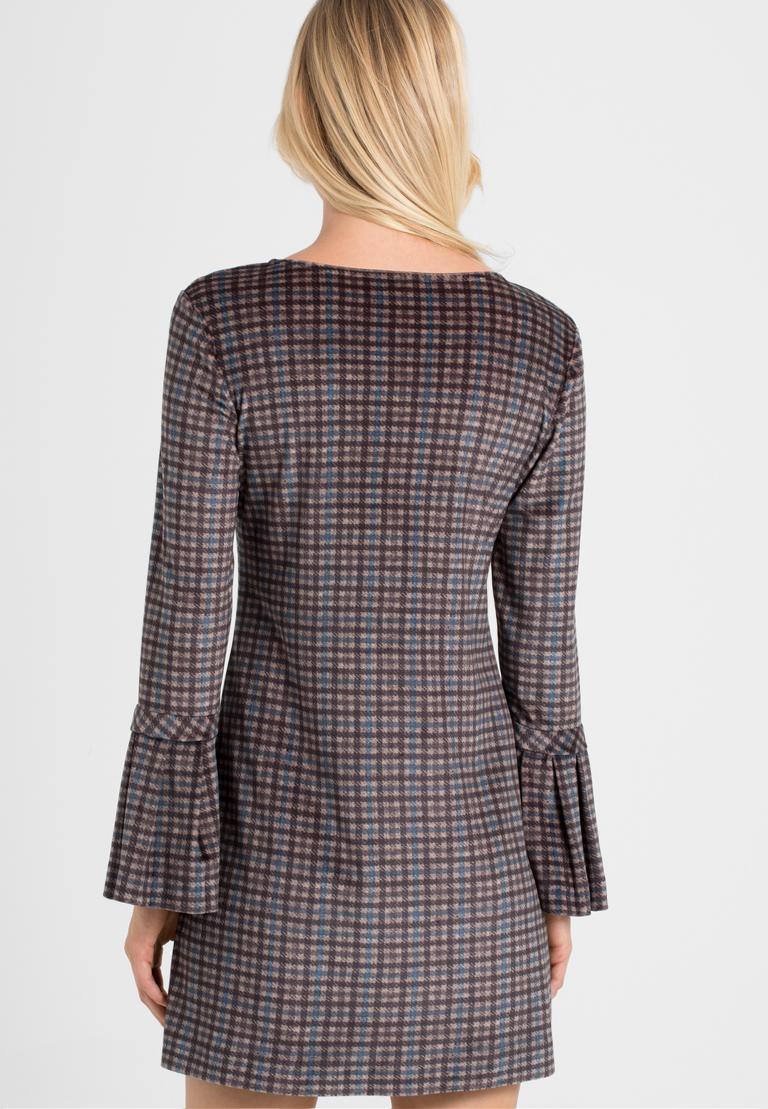 Rückansicht von Ana Alcazar Karo A-Linien-Kleid Ownika  angezogen an Model