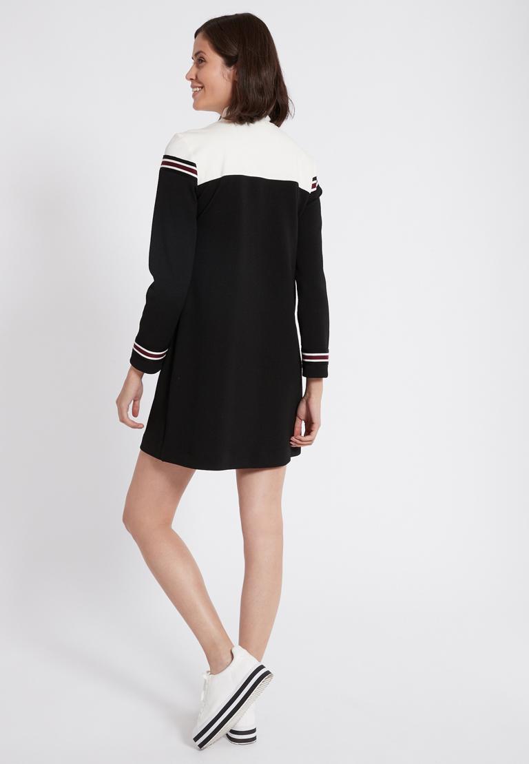 Rückansicht von Ana Alcazar Sportliches Kleid Polia Schwarz  angezogen an Model