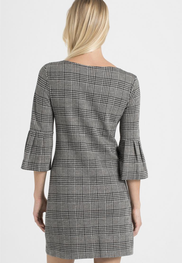 Rückansicht von Ana Alcazar Volantärmel-Kleid Pragys  angezogen an Model