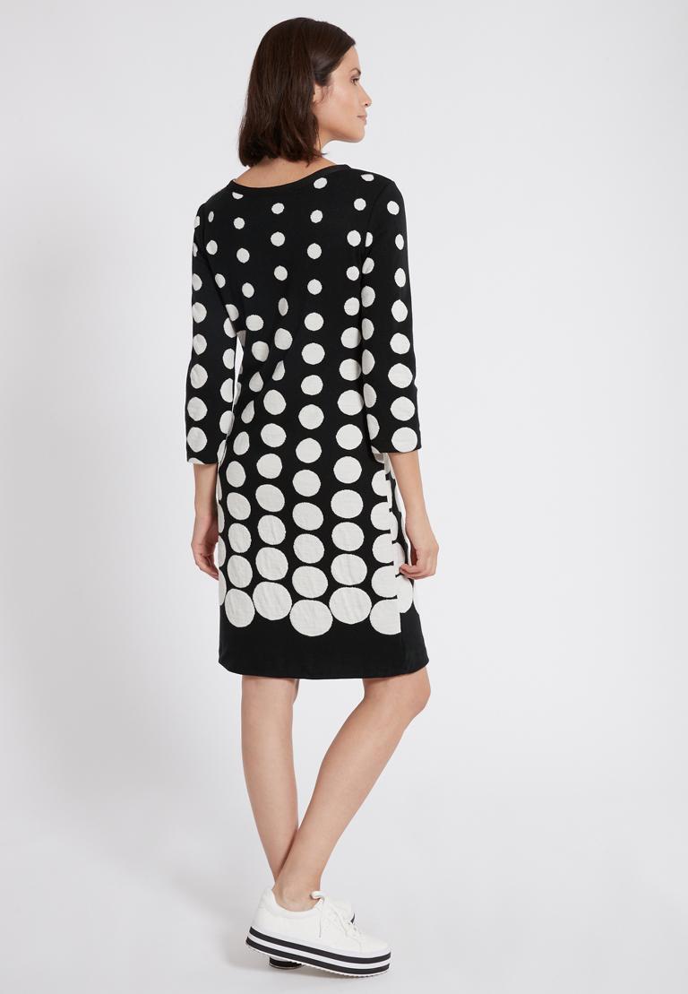 Rückansicht von Ana Alcazar Schleifen Kleid Peika Schwarz-Weiß  angezogen an Model