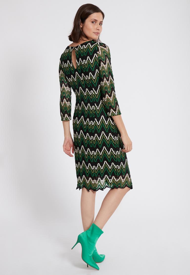 1c65c3d4f76cb6 Achteraanzicht van Ana Alcazar Lurex-Strip Photysa Green gedragen per model