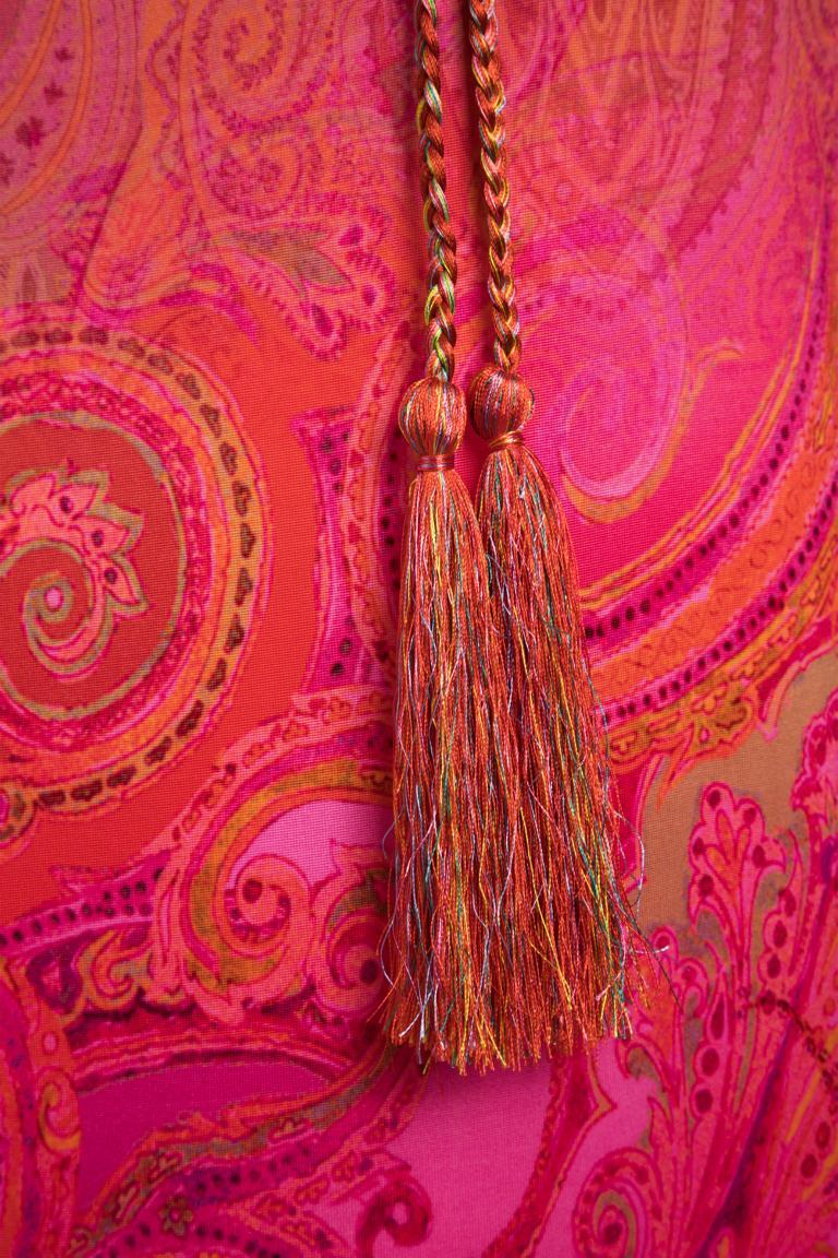 Detailansicht von Ana Alcazar Wasserfallkleid Niya