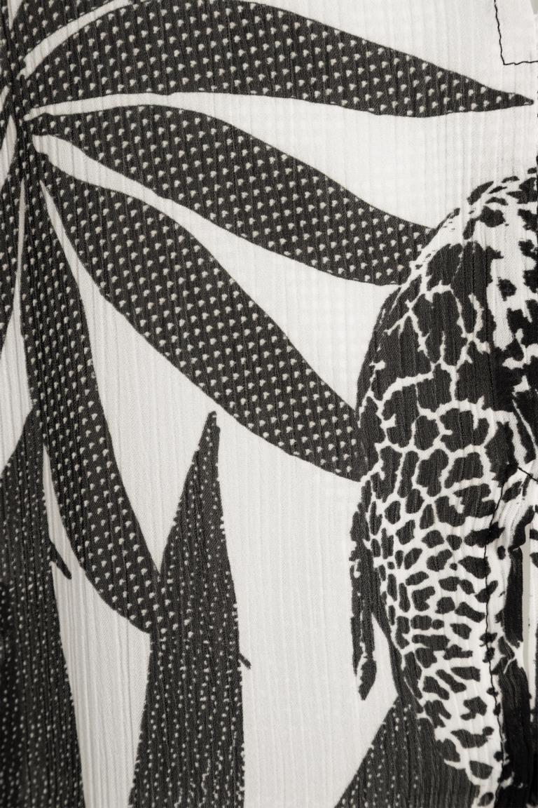 Detailansicht von Ana Alcazar Top Giraffe Nelwony