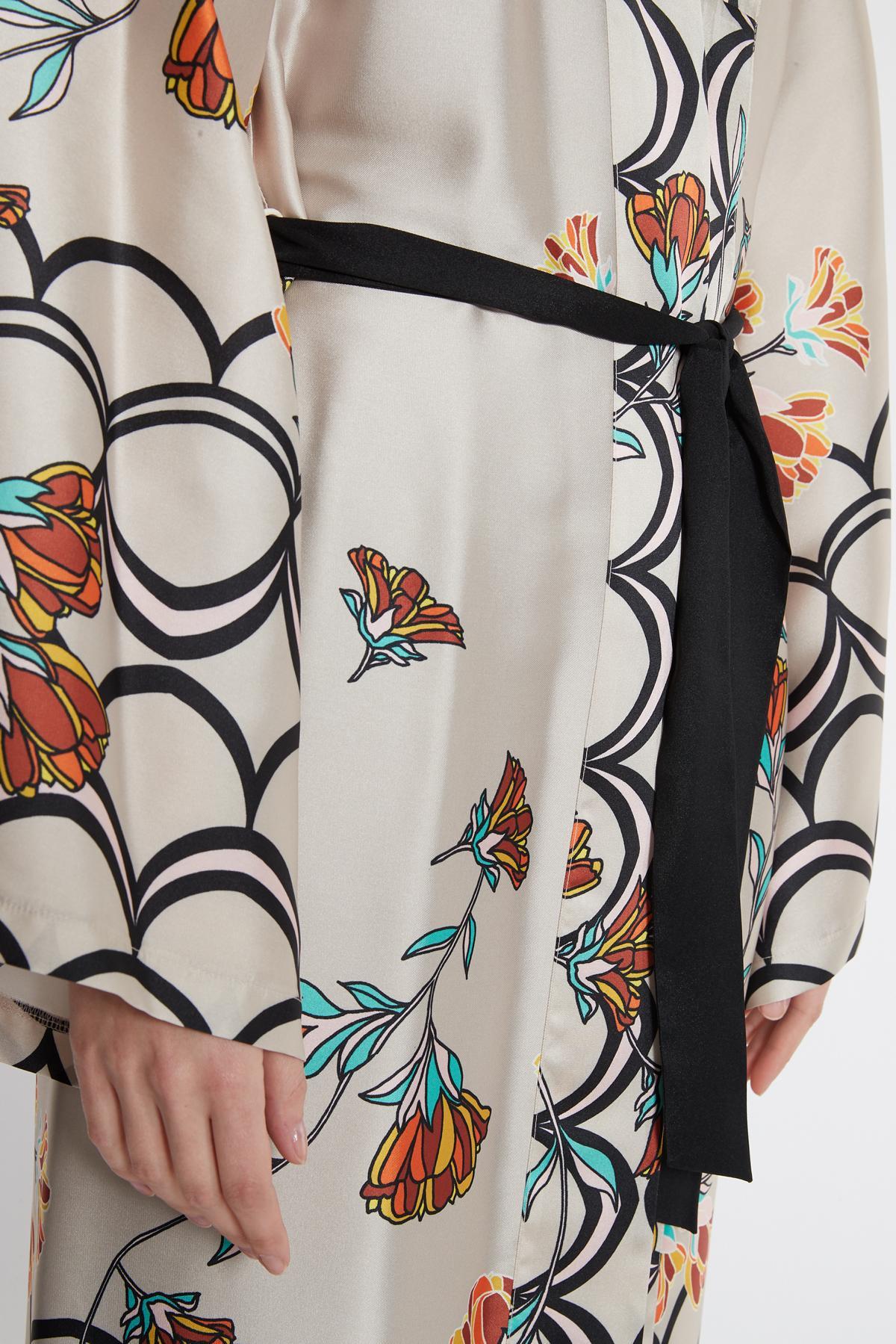 Detailansicht von Ana Alcazar Kimono Sefomea Beige
