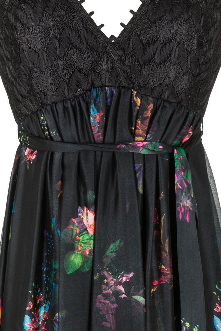 Detailansicht von Ana Alcazar Langes Seidenkleid Ginny