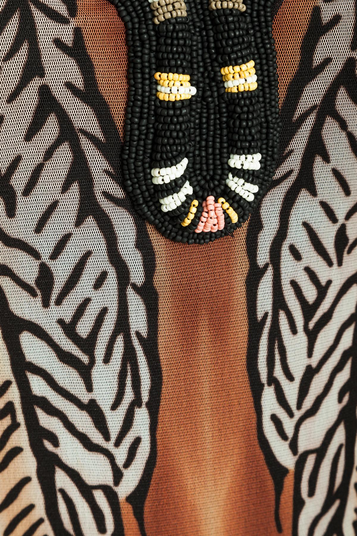 Detailansicht von Ana Alcazar Limited Edition Maxikleid Mercina