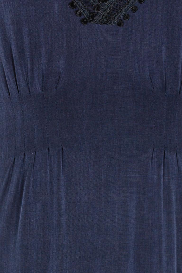 Detailansicht von Ana Alcazar Tailliertes Kleid