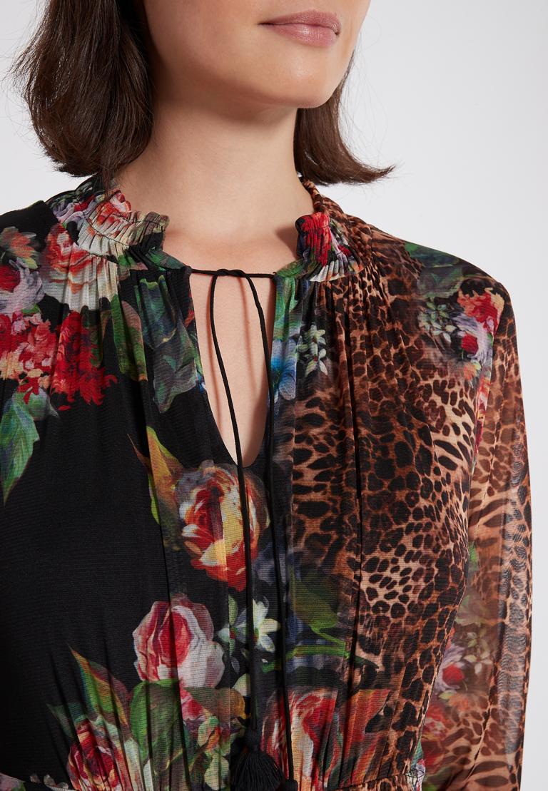 Detailansicht von Ana Alcazar Blusenkleid Phatys