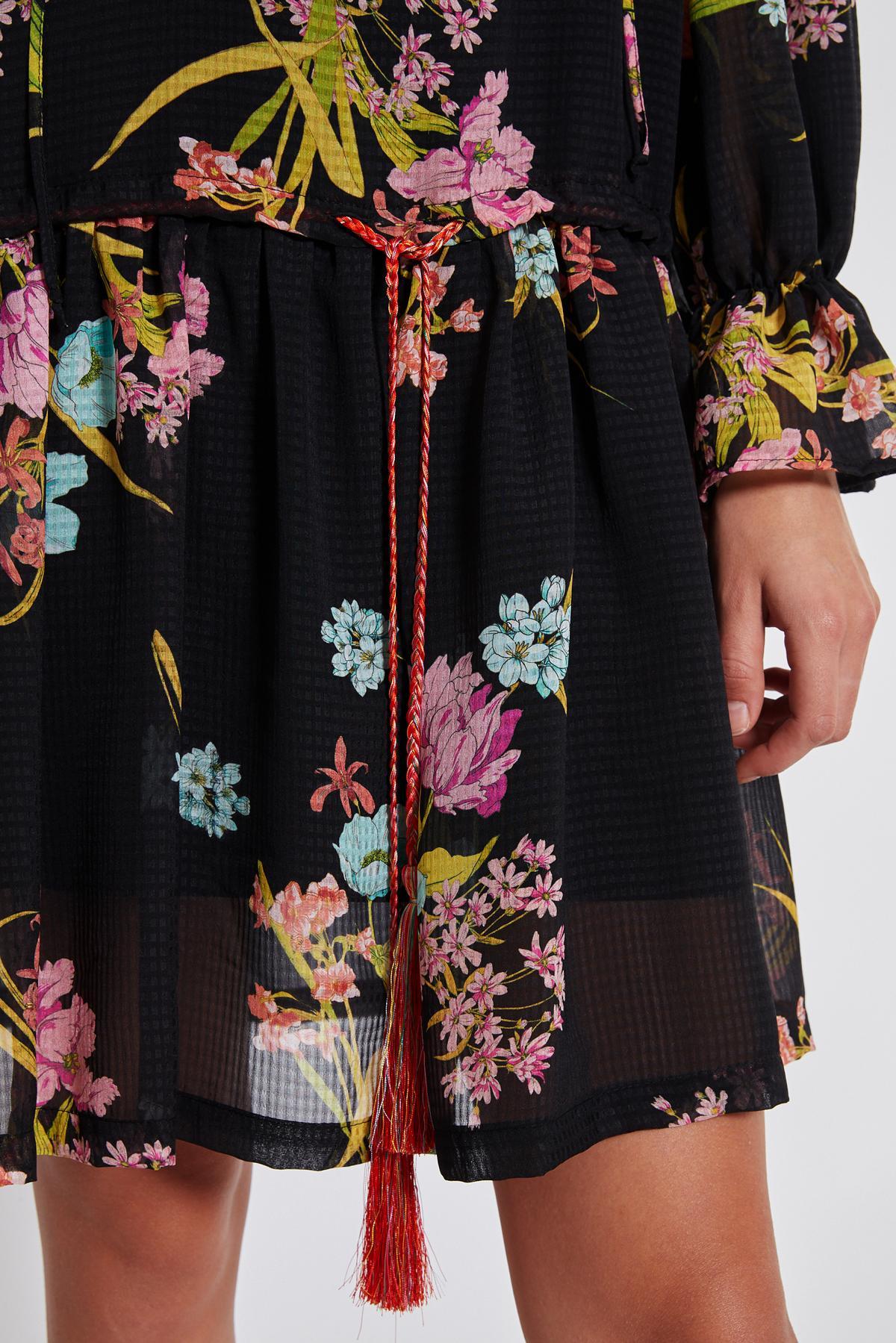 Detailansicht 2 von Ana Alcazar Romantik Kleid Tamyde